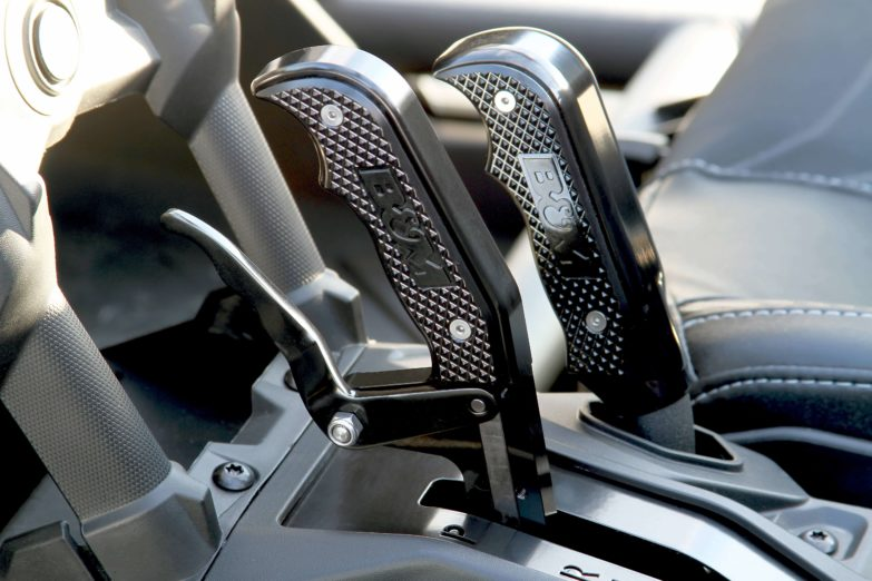 Can-am Maverick X3 Dual-gate Shifter, Magnum Grip And Grab Handle